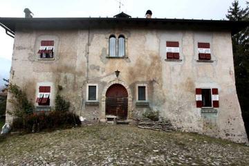 Castello di arsio di sotto sant anna siti home for Castel vasio